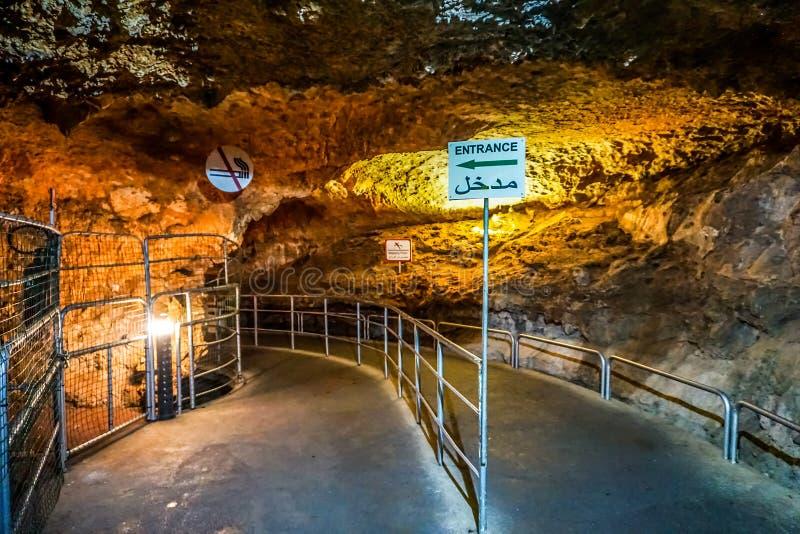 La piedra caliza de la gruta de Jeita excava 03 imágenes de archivo libres de regalías