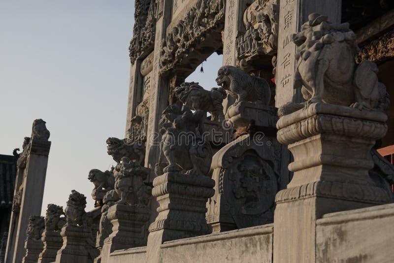 La pierre antique chinoise a décoré l'arcade dans Henan, Chine image stock