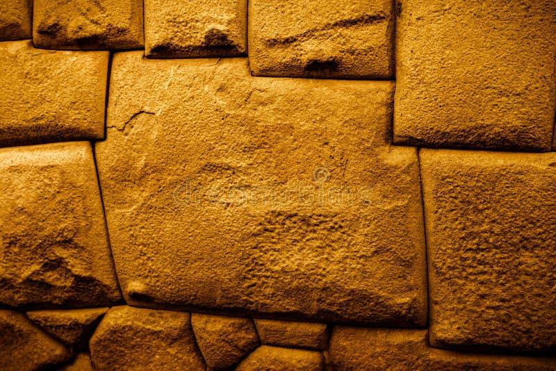 La pietra ad angolo dodici famosi ha tagliato precisamente e montato perfettamente dalle inche fotografia stock