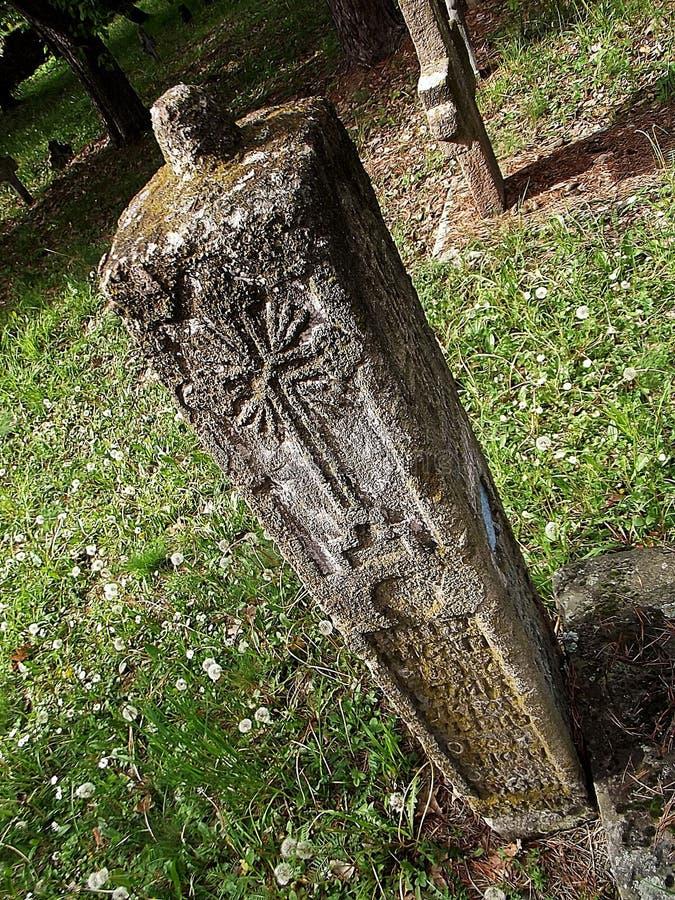 La pietra tombale del soldato anziano fotografia stock