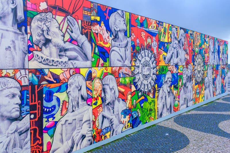 La pintada cubrió la pared en Lisboa foto de archivo libre de regalías