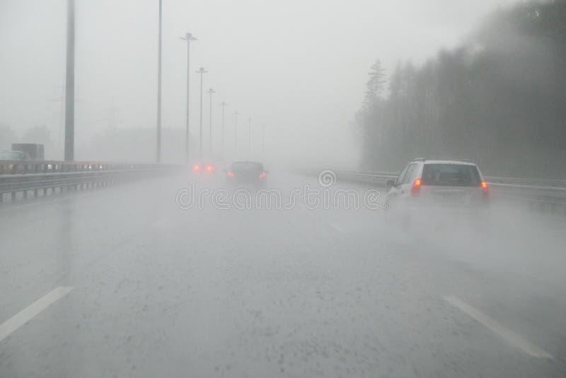 la pioggia persistente fotografie stock
