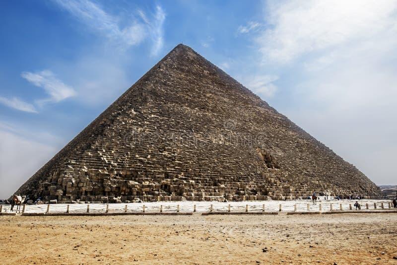 La pirámide de Cheops en Giza, El Cairo, Egipto fotografía de archivo