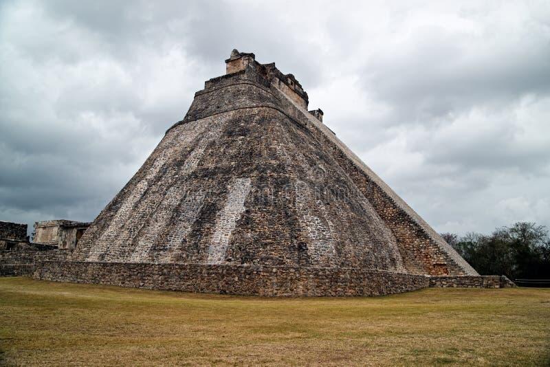 La piramide del mago fotografia stock