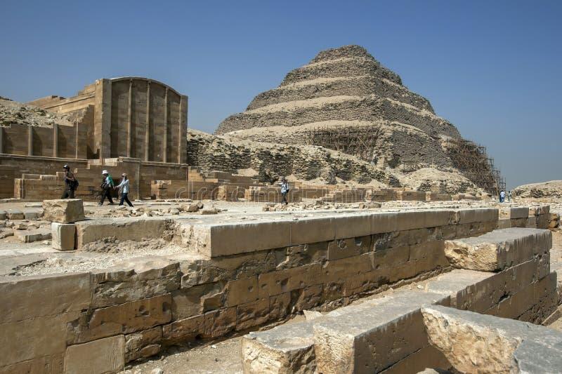 La piramide di punto a Saqqara nell'Egitto del Nord immagini stock libere da diritti