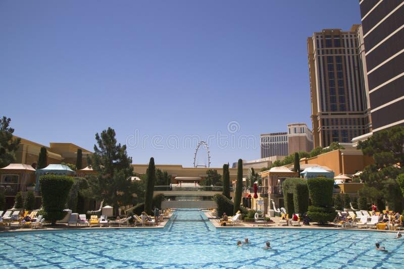 La piscina en Wynn Encore Casino en Las Vegas imagen de archivo libre de regalías
