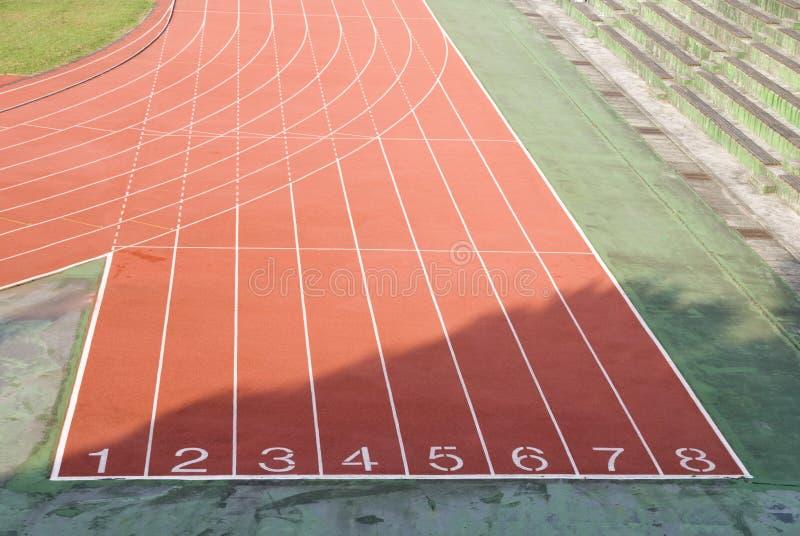 La pista atlética imagen de archivo