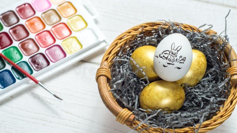 La pittura eggs la festa Pasqua immagini stock