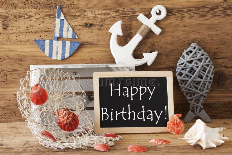 La pizarra con la decoración del verano, manda un SMS a feliz cumpleaños imagen de archivo libre de regalías