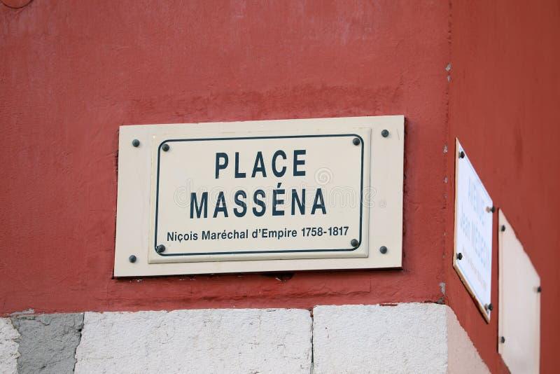 La placa francesa de la calle de coloca Massena en Niza imagen de archivo libre de regalías