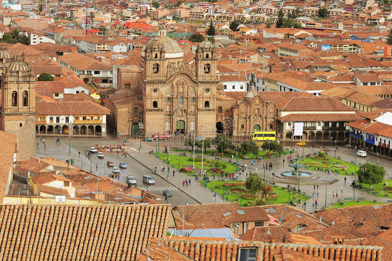 La place centrale dans Cuzco. photos libres de droits