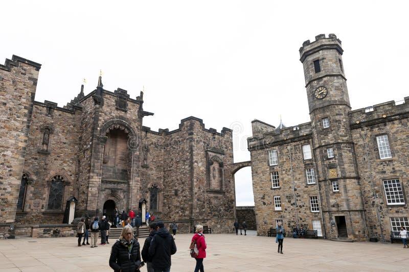 La place de couronne consistée en le mémorial de guerre national écossais, Royal Palace, château intérieur d'Edimbourg, Ecosse, R photos libres de droits
