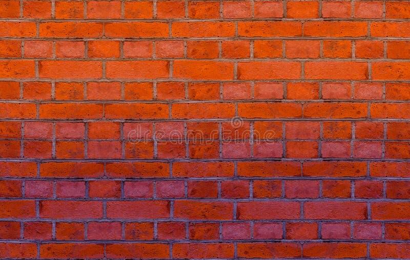 La place rouge de rangée de terre cuite de mur de briques et la pierre rectangulaire base le web design photos stock