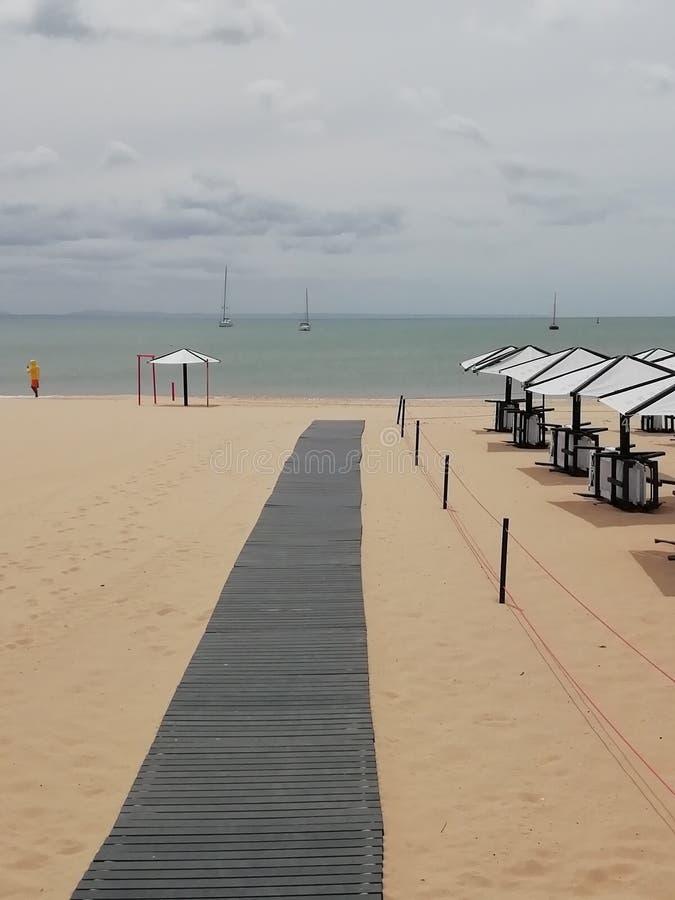 La plage dans les cascais Portugal photo stock