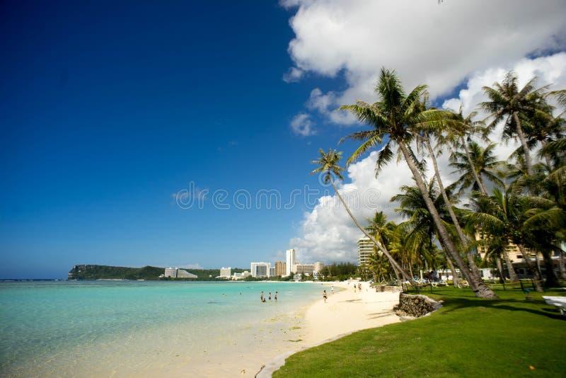 La plage de la Guam images libres de droits