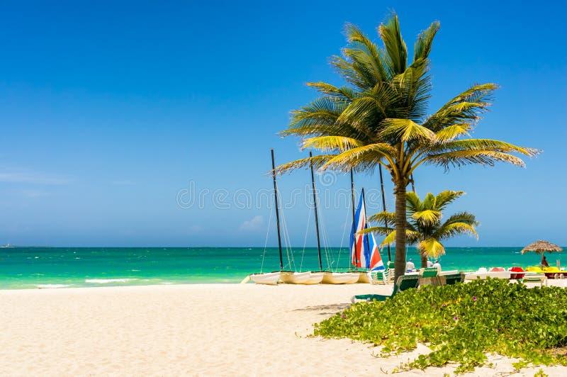 La plage tropicale de Varadero au Cuba images libres de droits