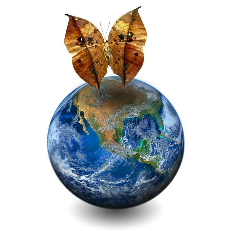La planète de la terre avec le papillon, y compris des éléments meublés par NAS photographie stock libre de droits