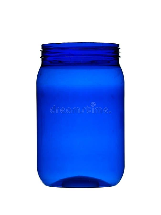 La plastica può contenitore per nutrizione in polvere, colore blu di sport isolata su fondo bianco fotografia stock libera da diritti