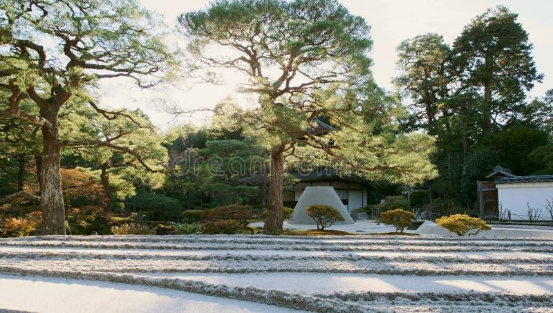 La plataforma de la visión de la luna en Ginkakuji en Kyoto, Japón imagen de archivo libre de regalías