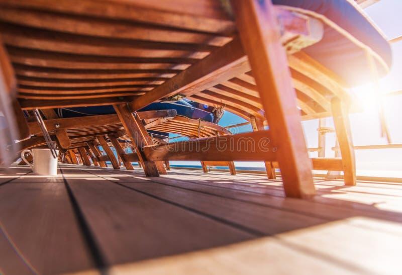 La plate-forme de bateau de croisière détendent photo libre de droits