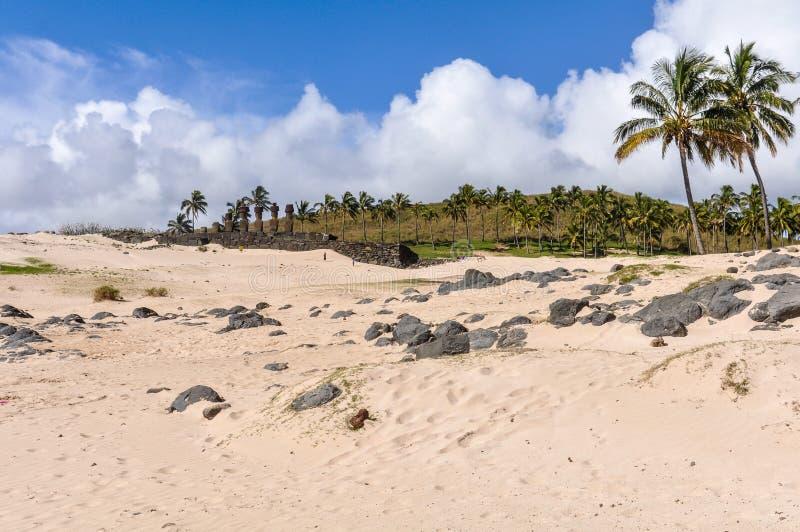 La playa de Anakena en la isla de pascua, Chile imagen de archivo libre de regalías