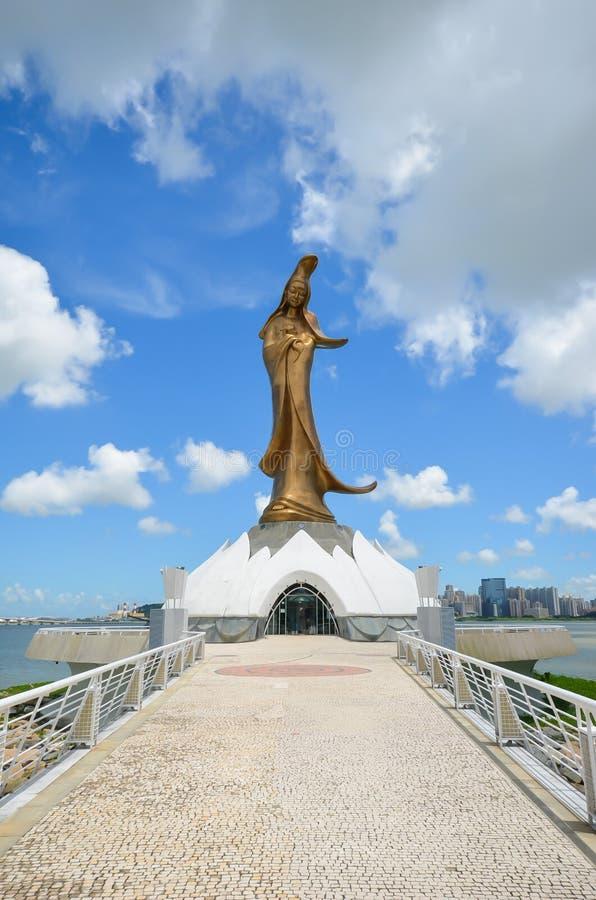 La playa de Buda Guan Yin Statue imagen de archivo