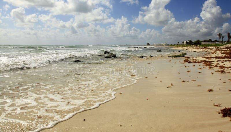 La playa en el maya de Vidanta Riviera imagen de archivo