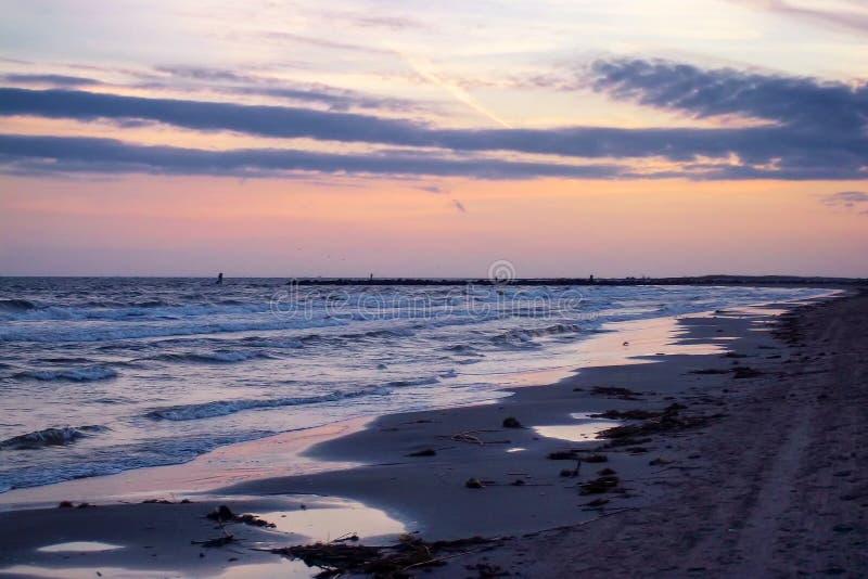 La playa en la isla magnífica, Luisiana fotografía de archivo