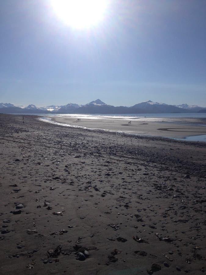 La playa en la madrugada fotos de archivo