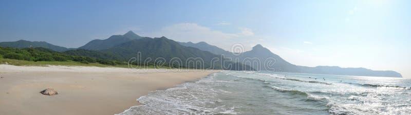 La playa pintoresca en el distrito de Sai Kung en Hong Kong fotos de archivo