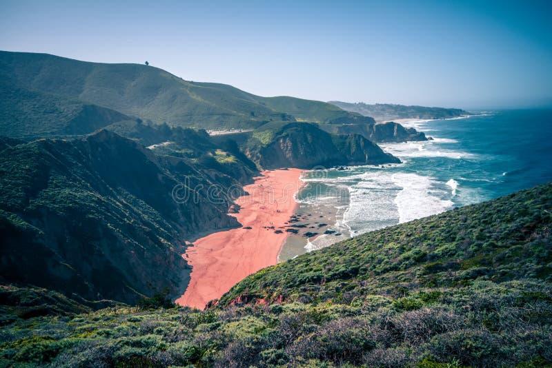 La playa y los diablos de la ensenada de la ballena gris resbalan el parque en California imagen de archivo