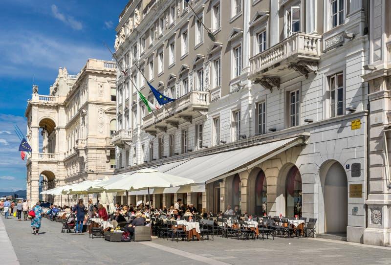 La plaza Dell Unita D Italia en Trieste fotografía de archivo libre de regalías