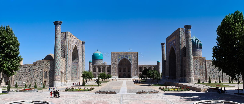 La plaza famosa di Registan di Samarcanda, l'Uzbekistan fotografie stock libere da diritti