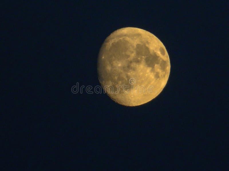 La pleine lune en Russie centrale photographie stock libre de droits