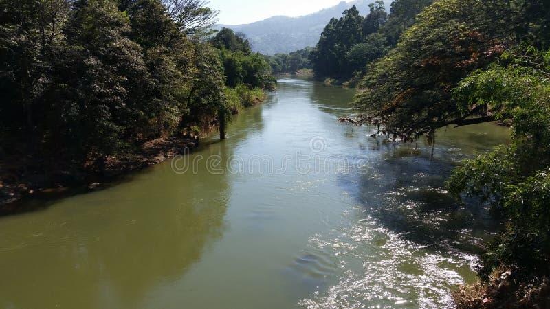 La plus longue rivière au Sri Lanka photographie stock libre de droits