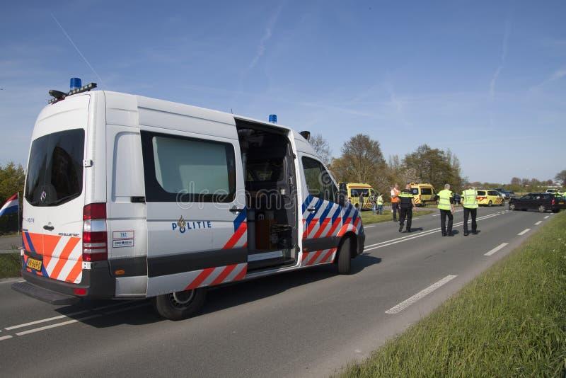 La policía está investigando después de un accidente fotos de archivo libres de regalías