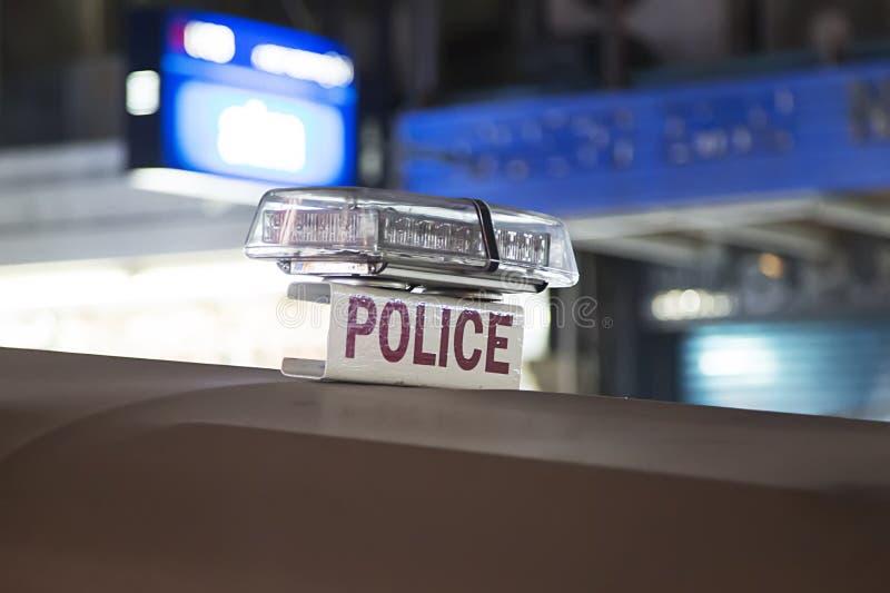 La policía firma en el coche en Bangkok foto de archivo libre de regalías