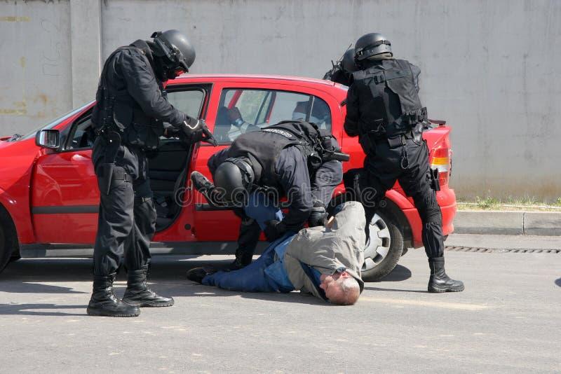 """La policía mantiene a criminales detenidos la ciudad †""""sept, 11,2007 de Sofía, Bulgaria Escena criminal criminales Conjunto sos fotos de archivo"""