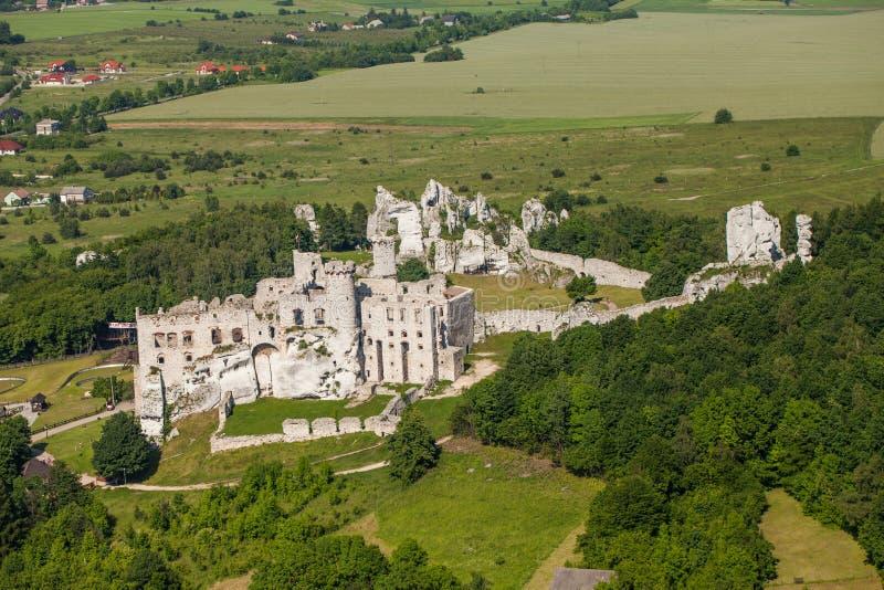 LA POLOGNE, OGRODZIENIEC - 7 JUIN 2014 : vue aérienne de château images libres de droits