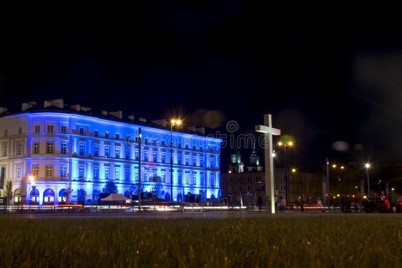 La Polonia Varsavia 09 05 Illuminazione 2015 di notte di Warszaw dell'incrocio del posto di Pilsudski immagine stock libera da diritti