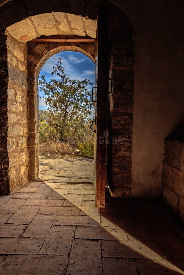 La porta che vi invita a sognare immagine stock libera da diritti