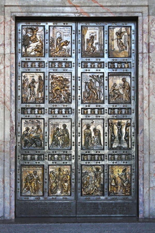 La porta santa immagine stock libera da diritti