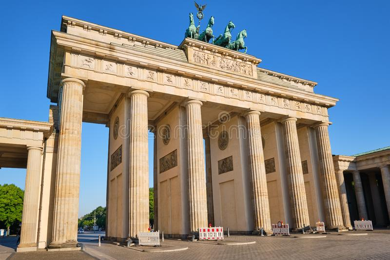La Porte de Brandebourg, Berlins la plupart de point de repère célèbre photos stock