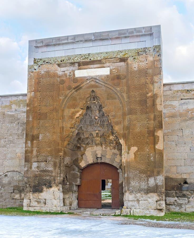 La porte de la caravane Saray d'Agzikarahan image libre de droits