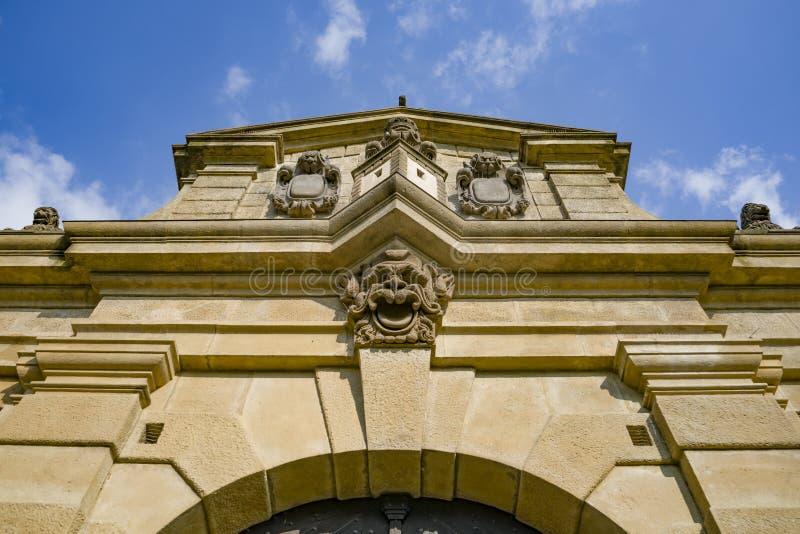 La porte de Leopold - entrée impressionnante dans le complexe intérieur d'ehrad de ¡ de VyÃ… Â à Prague, République Tchèque photographie stock libre de droits