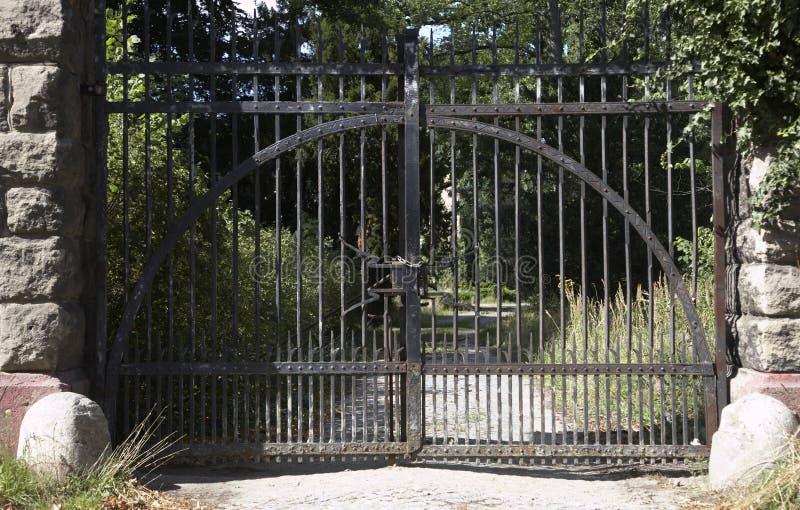 La porte fermée images libres de droits