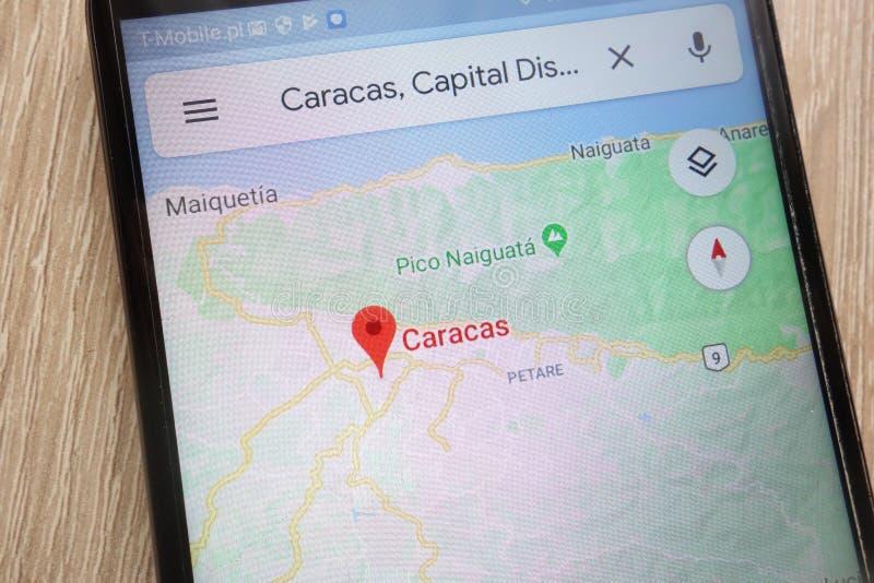 La posizione di Caracas su Google Maps ha visualizzato su uno smartphone moderno fotografia stock libera da diritti