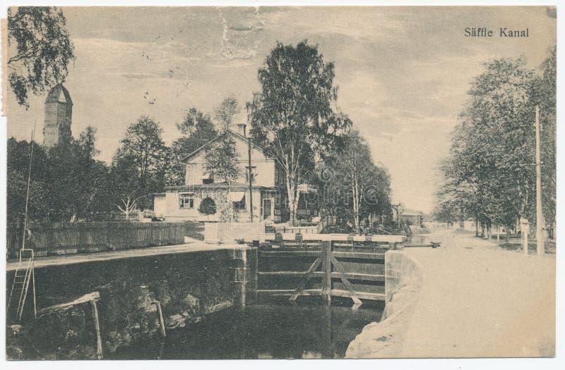 La postal impresa en Suecia muestra la vista del canal de Saffle, circa 1928 foto de archivo libre de regalías