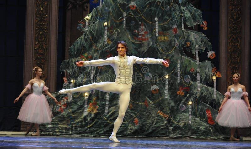La poupée dans le prince est revenue au casse-noix de ballet du Royaume-tableau 3-The de bonbons photo stock