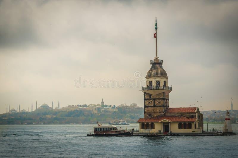 La première tour du ` s, Bosphorus, Istanbul, Turquie photo libre de droits